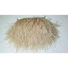 Страусиные перья на ленте капучино