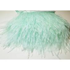 Страусиные перья на ленте тиффани