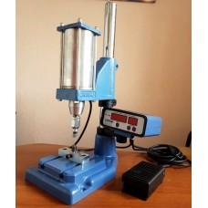 Пресс электрический полуавтомат PRESMAK, для установки фурнитуры